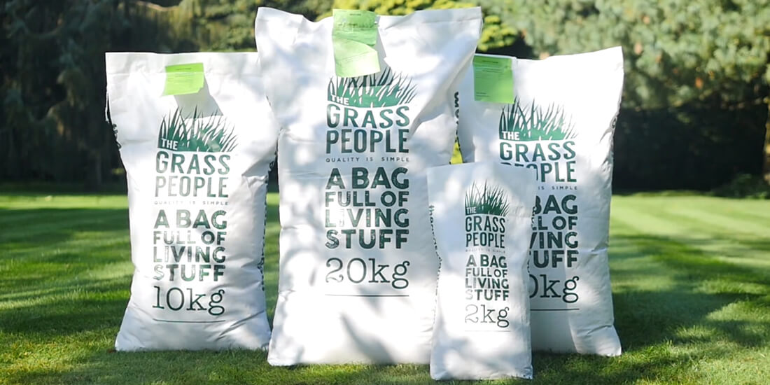 Superieur The Grass People