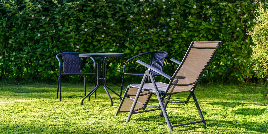 How to keep your lawn healthy in spring / summer
